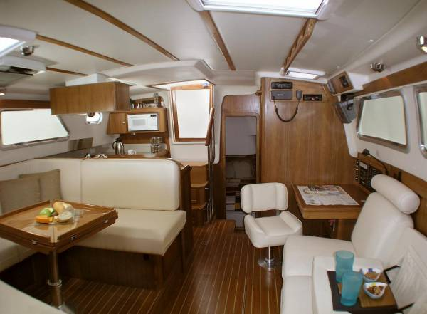 Used Catalina Morgan 440 Deck Saloon for Sale | Yachts For Sale | Yachthub