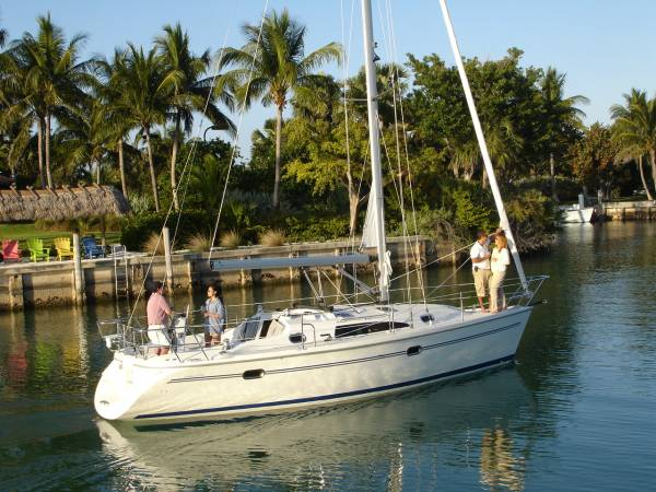 Catalina 320 Mk Ii: Sailing Boats | Boats Online for Sale | Grp | Western ...
