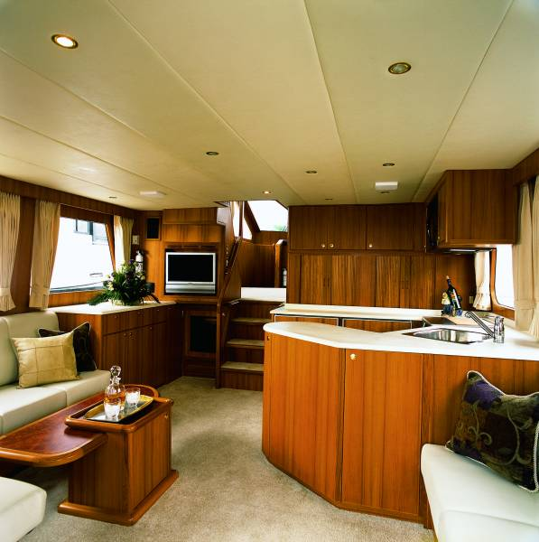 ENSIGN 52 Express PilotHouse