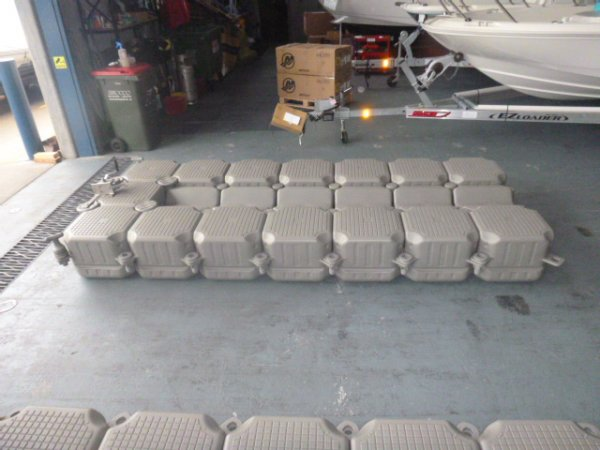 Jet Ski Pontoon http://yachthub.com/list/boats-for-sale/used/boat-accessories/jet-ski-pontoon-dock/74433