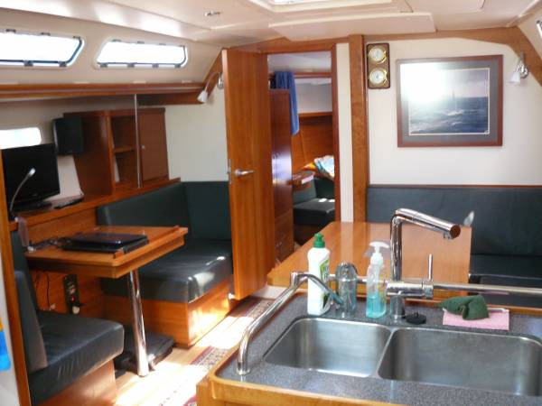 Hanse 430e: Sailing Boats | Boats Online for Sale | Epoxy | Western ...