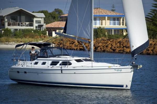 Used Hunter 41 Deck Saloon for Sale | Yachts For Sale | Yachthub