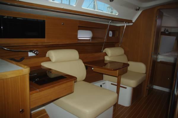 Catalina 355 Boat Review